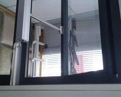 电动排烟采光天窗